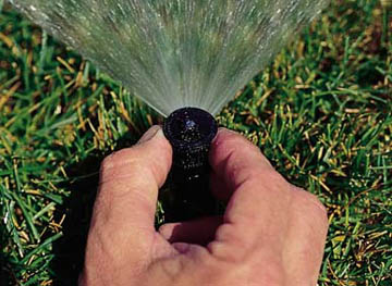 How to Maintain Your Lawn Watering Sprinkler System in GTA Throughout the Year