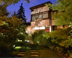 landscape-lighting in Greater Toronto area